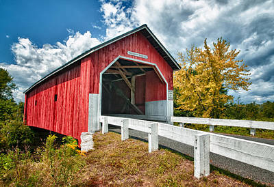 Covered Bridge Photograph - Carlton Bridge by Fred LeBlanc