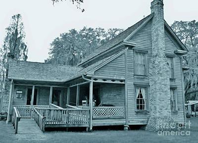 Photograph - Carlton Cracker House Cyan by D Hackett