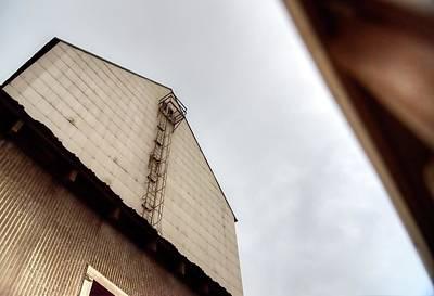 Photograph - Carlton Elevator Ladder by Jerry Sodorff