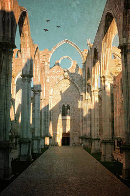 Earthquake Photograph - Carmo Ruins In Lisbon by Carlos Caetano