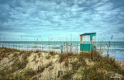 Photograph - Carolina Beach Lifeguard Stand by Glenn Gemmell