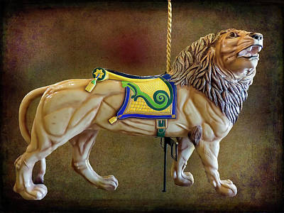 Photograph - Carousel Lion by Leslie Montgomery
