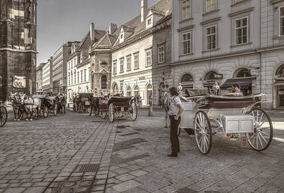 Carriages Back To Stephanplatz Art Print