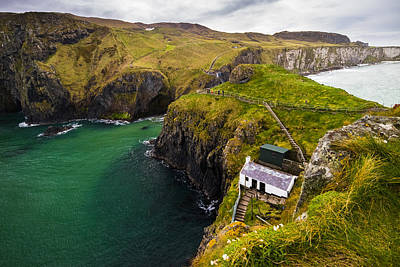 Redes Photograph - Carrick-a-rede by Ryan Moore