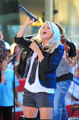 Rockefeller Plaza Photograph - Carrie Underwood On Stage For Nbc Today by Everett