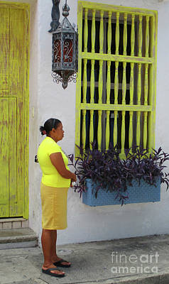 Photograph - Cartagena People 3 by Randall Weidner