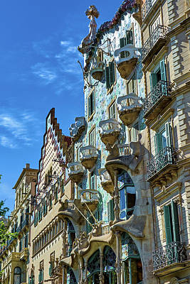 Photograph - Casa Amatller And Casa Batllo by Eduardo Jose Accorinti