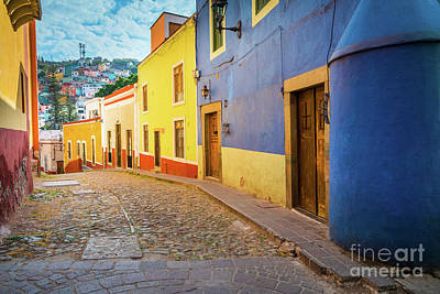 Guanajuato Photograph - Casa Azul by Inge Johnsson