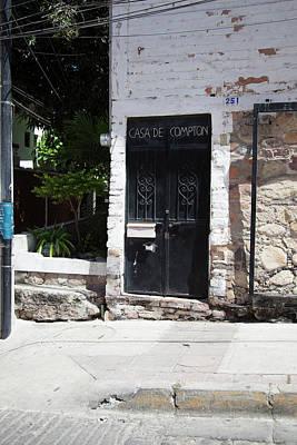 Photograph - Casa De Compton by John Noel