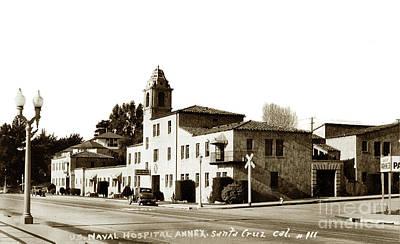 Photograph - Casa Del Rey Apartments Santa Cruz Circa 1943 by California Views Mr Pat Hathaway Archives