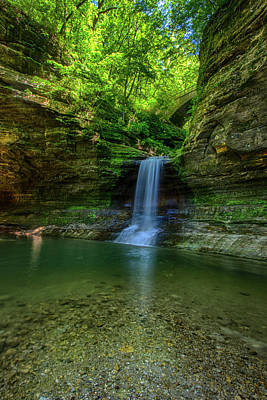 Starved Rock Wall Art - Photograph - Cascade Falls by Mike Burgquist