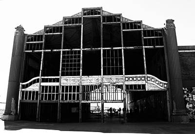 Photograph - Casino Pier Asbury Park by Elsa Marie Santoro