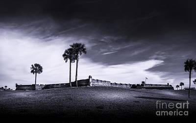 Sand Dunes Photograph - Castillo De San Marcos-b/w by Marvin Spates