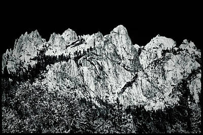 Photograph - Castle Crags by Roger Passman
