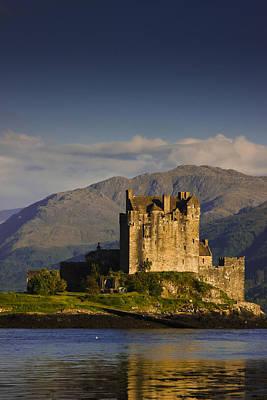 Castle Eilean Donan Art Print by Gabor Pozsgai