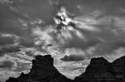 Photograph - Castle Rock II Sedona Az by Dave Gordon