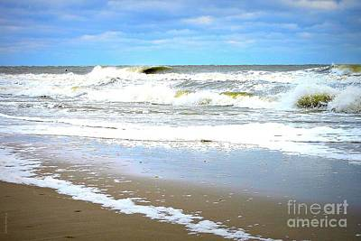 Photograph - Catch A Wave by Shelia Kempf