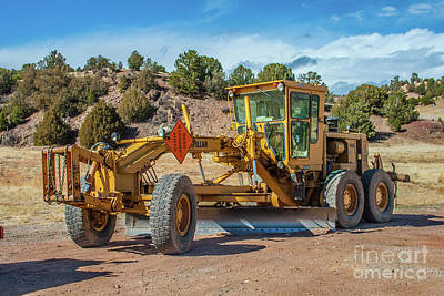 Photograph - Caterpillar 140g Vhp by Tony Baca
