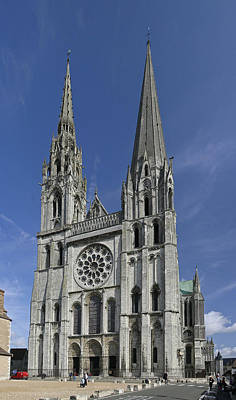 Cathedral Of Chartres Art Print by Gary Lobdell