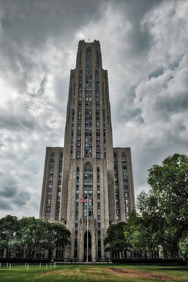 Photograph - Cathedral Of Learning by Guy Whiteley