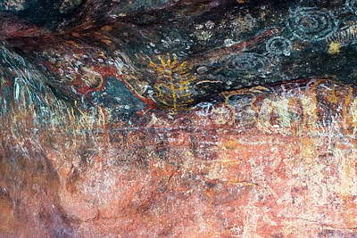 Photograph - Cave Art Uluru by Andrew Michael