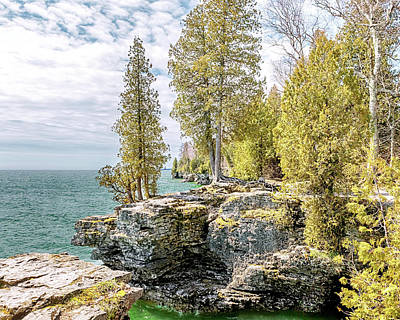 Photograph - Cave Point Bluffs by Susan Rissi Tregoning
