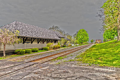 Photograph - Cayuga Station by William Norton
