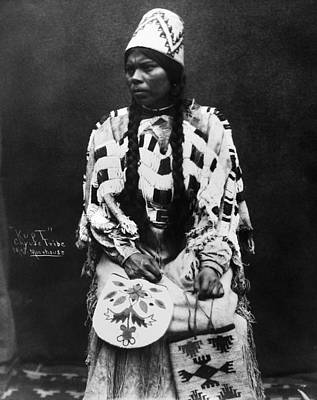 Photograph - Cayuse Woman, C1900 by Granger