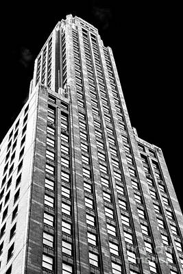 Photograph - Carbide And Carbon Building Dimensions Chicago by John Rizzuto