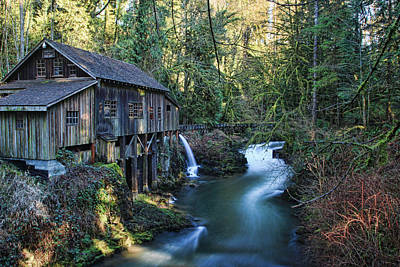 Photograph - Cedar Creek Grist Mill by John Bushnell