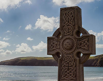 Photograph - Celtic Cross By The Sea by Leah Palmer