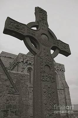 Celtic Cross Art Print by Louise Fahy
