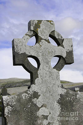 Photograph - Celtic Cross by Mary-Lee Sanders
