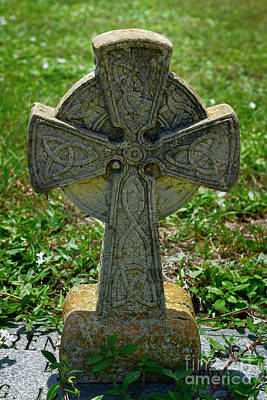 Photograph - Celtic Cross by Olga Hamilton