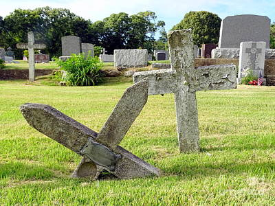 Photograph - Cemetery Crosses by Ed Weidman