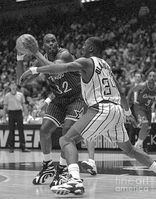 Shaq Photograph - Centers Of Attention by Richard Yee