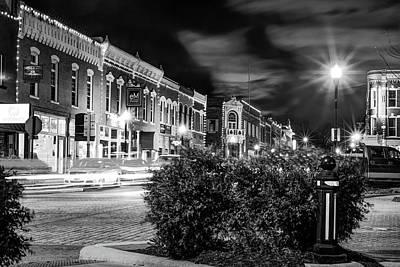 Central Avenue Lights - Bentonville Arkansas Skyline - Black And White Art Print