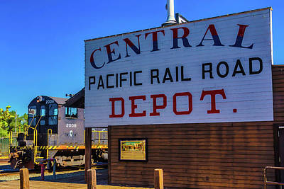 Photograph - Central Pacific Rail Road Depot by Garry Gay