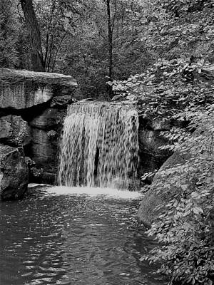 Photograph - Central Park Waterfall B W by Rob Hans
