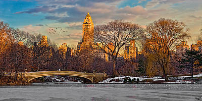Photograph - Central Parks Famous Bow Bridge by Chris Lord