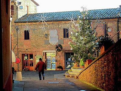 Photograph - Central Square At Christmas Panicale by Dorothy Berry-Lound
