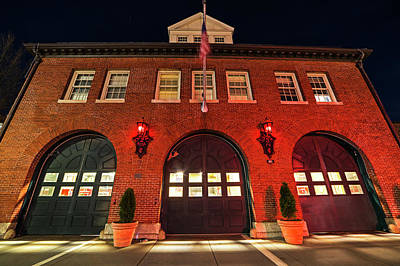 Photograph - Central Square Fire Station Cambridge Ma by Toby McGuire