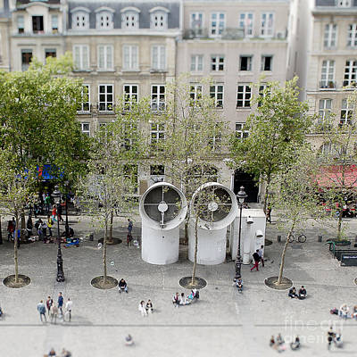 Photograph - Centre Pompidou by Ivy Ho