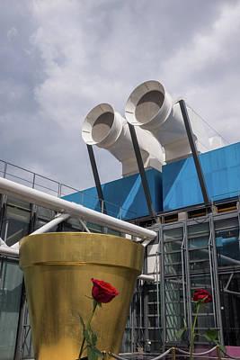 Photograph - Centre Pompidou, Paris by Frank DiMarco