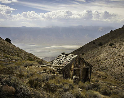 Photograph - Cerro Gordo Cabin by Dusty Wynne