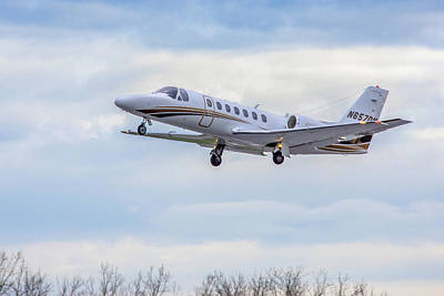 Photograph - Cessna 560 by Guy Whiteley