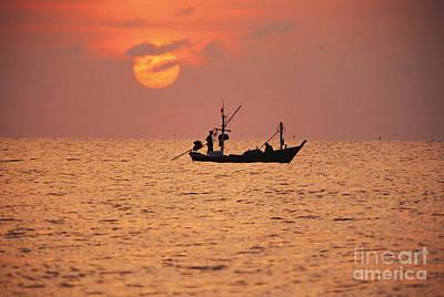 Cha-am Photograph - Cha-am, Pink Sunrise by Bill Brennan - Printscapes