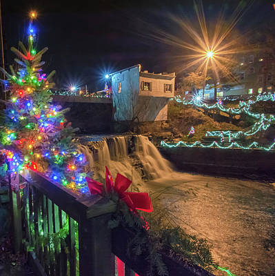 Photograph - Chagrin Falls At Christmas by Richard Kopchock