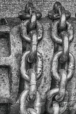 Photograph - Chain Links by Dawn Gari