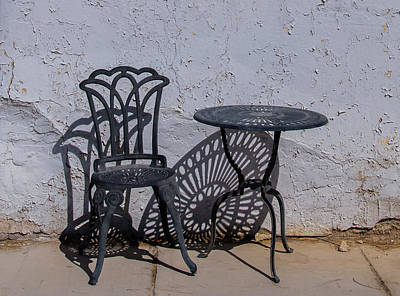 Amargosa Photograph - Chair And Table by Mike Ronnebeck